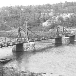 738 Chain Bridge 1932 Hagley Museum web.jpg