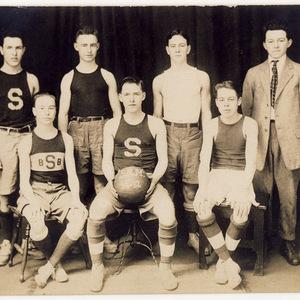 "Slatington Basketball Team, 1916-17 ""S.R.M."""