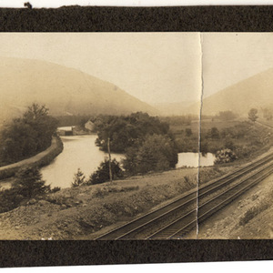 Lehigh Canal, the Central of New Jersey Railroad and Lehigh Gap