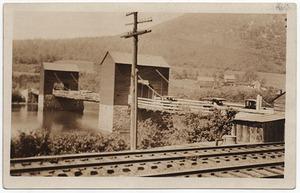 833 Chain Bridge 1920 web.jpg