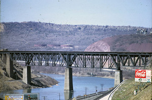 LNE Bridge April 1967 web.jpg