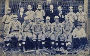 1914 paslatingtonbaseballteamrp.jpg