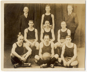 "Slatington Basketball Team, 1921-22 ""Premiere"""