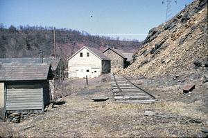Lehigh Gap LNE Track th.jpg